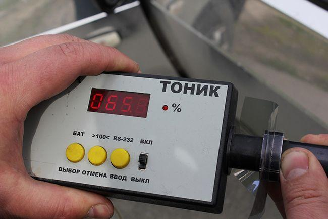 Прибор для измерения светопропускаемости тонировки