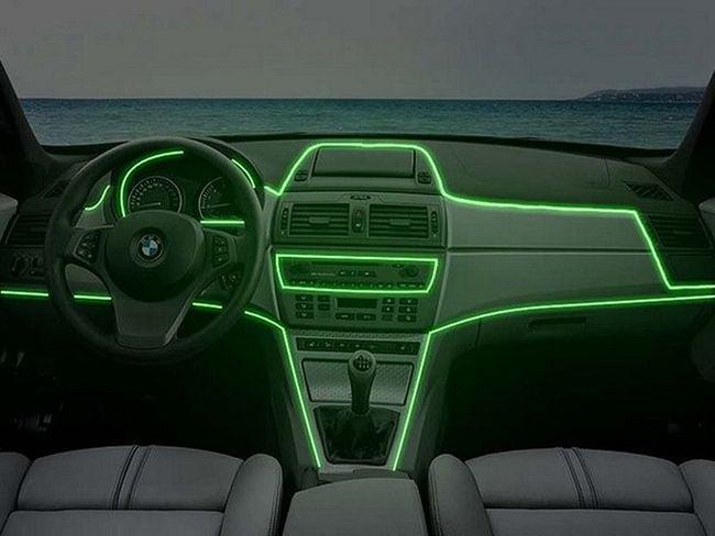 Почему решили, что задние фонари автомобилей должны быть красного цвета?