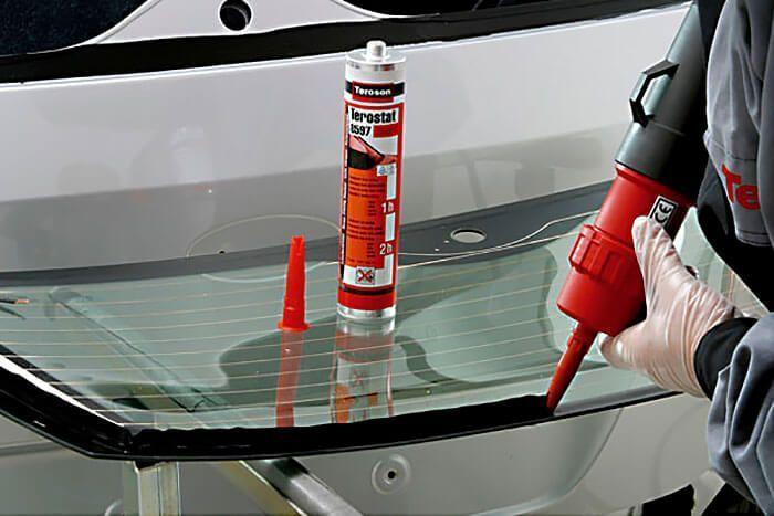 Силиконовый герметик используется для вклейки стекол